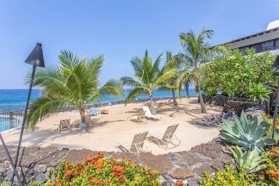 Kailua-kona Condo For Sale: 75-6082 Alii Dr #A117