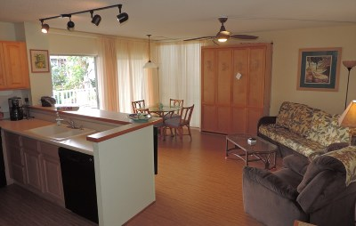 Kailua-Kona Condo/Townhouse For Sale: 75-6016 Alii Dr #241