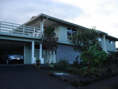 Hilo Single Family Home For Sale: 1659 Oneawa Pl
