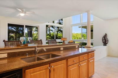 Kailua-Kona Condo/Townhouse For Sale: 75-5919 Alii Dr #EE4