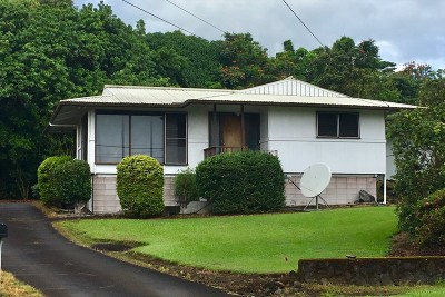 Hilo Single Family Home For Sale: 1226 Kumukoa St