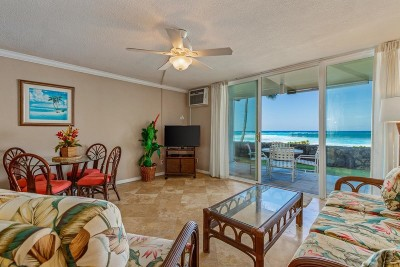Hawaii County Condo/Townhouse For Sale: 75-5888 Alii Dr #D5