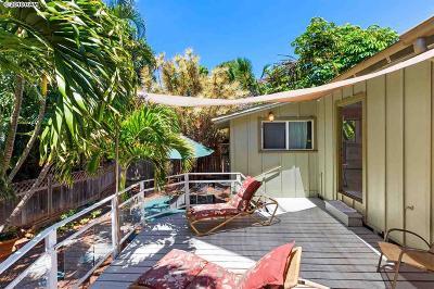 Single Family Home For Sale: 23 Haku Hale Pl