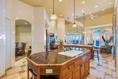 Single Family Home For Sale: 15 Lahaole Pl