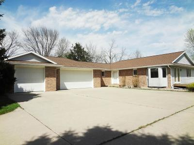 Farm & Ranch For Sale: 1425 W Lincoln Avenue