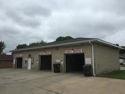 Boone County Commercial For Sale: 126 W Veterans Drive