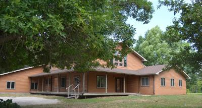 Boone County Farm & Ranch For Sale: 603 S Main Street