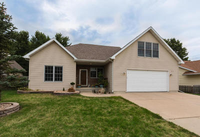 Ames Single Family Home For Sale: 4015 Marigold Drive