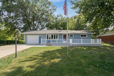 Ames Single Family Home For Sale: 212 Garden Road