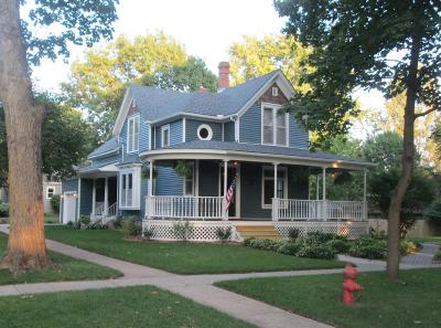 Boone Single Family Home For Sale: 128 Boone Street