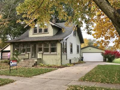Boone Single Family Home For Sale: 827 Marion Street