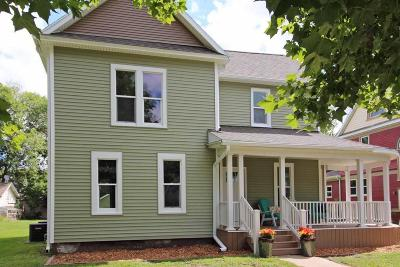 Boone Single Family Home For Sale: 420 Linn Street