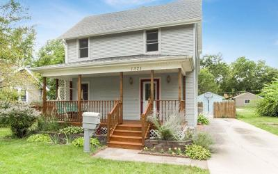 Ames Single Family Home For Sale: 1321 Douglas Avenue