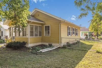 Ames Single Family Home For Sale: 825 Crawford Avenue