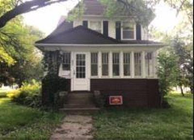 Ogden Single Family Home For Sale: 237 SE 2nd Street