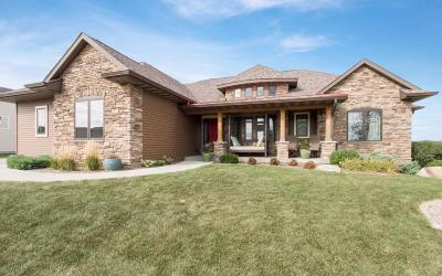 Ames Single Family Home For Sale: 2703 Coyote Drive