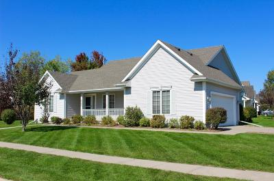 Ames Single Family Home For Sale: 2305 Stone Brooke Road
