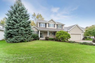 Ames Single Family Home For Sale: 2427 Ridgetop Circle