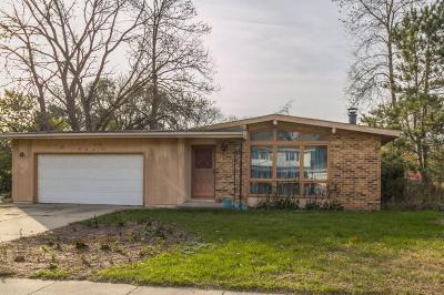 Ames Single Family Home For Sale: 506 Jewel Drive