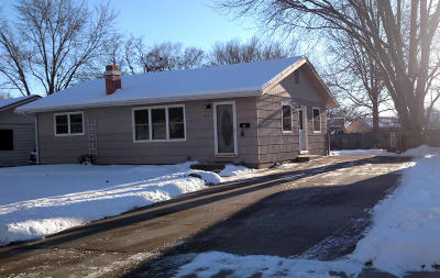 Ames Single Family Home For Sale: 1621 Carroll Avenue