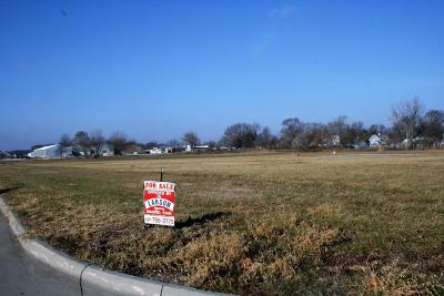 Boone County Residential Lots & Land For Sale: 129 Commerce Drive