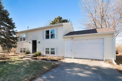 Gilbert Single Family Home For Sale: 117 Shepard Street
