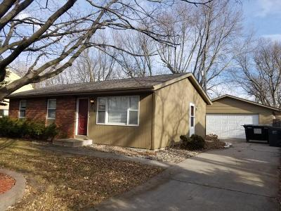 Ames Single Family Home For Sale: 1310 Woodstock Avenue