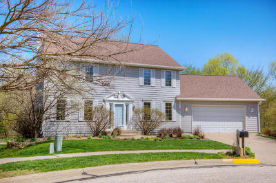 Ames Single Family Home For Sale: 3321 Canterbury Court
