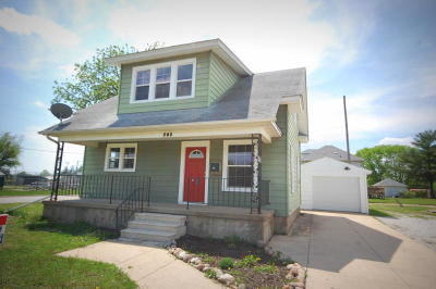 Boone Single Family Home For Sale: 203 Division Street