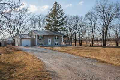 Boone County Farm & Ranch For Sale: 1103 Yes Avenue