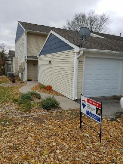 Story County Condo/Townhouse For Sale: 216 Cooper Court