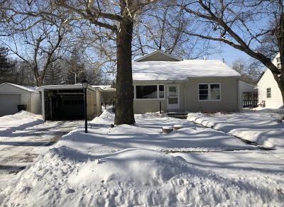 Ames Single Family Home For Sale: 321 Hilltop Road