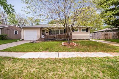 Ames Single Family Home For Sale: 2021 Burnett Avenue