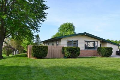 Ogden Single Family Home For Sale: 214 E Division Street