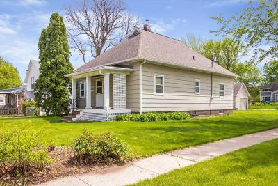 Boone Single Family Home For Sale: 526 W 5th Street