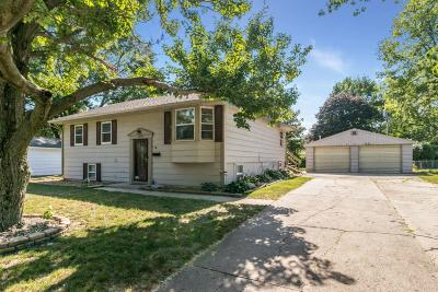 Ames Single Family Home For Sale: 1319 Alberta Avenue