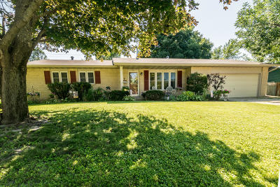 Ames Single Family Home For Sale: 1731 Coolidge Drive