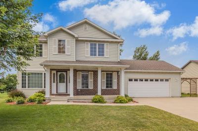 Ames Single Family Home For Sale: 717 Wilder Boulevard