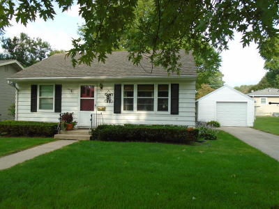Single Family Home For Sale: 1721 Tama Street