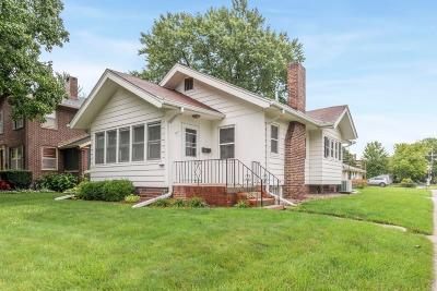 Ames Single Family Home For Sale: 902 Ridgewood Avenue