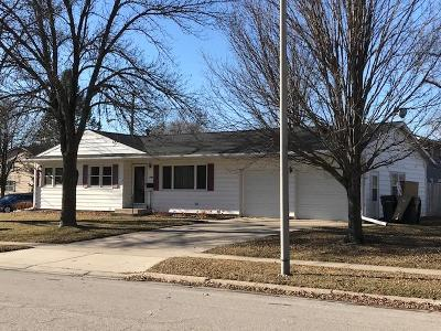 Ames Single Family Home For Sale: 2407 Northwestern Avenue