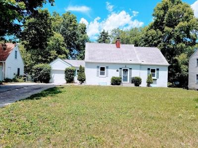 Ames Single Family Home For Sale: 2105 Friley Road