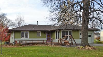 Ogden Single Family Home For Sale: 320 SW 7th St Place