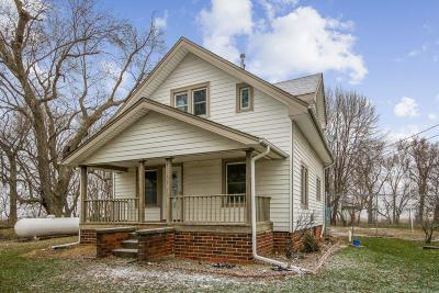 Boone County Farm & Ranch For Sale: 951 280th Street