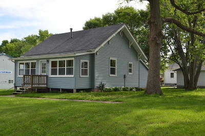 Ogden Single Family Home For Sale: 319 NW 7th Street