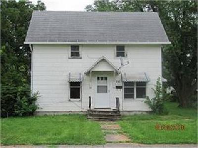 Single Family Home For Sale: 237 SW 5th Street