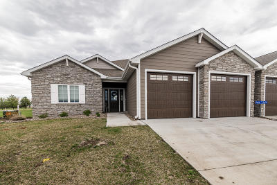 Story County Condo/Townhouse For Sale: 5618 Irons Way