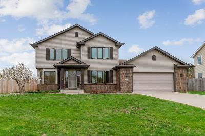 Single Family Home For Sale: 4519 Hemingway Drive
