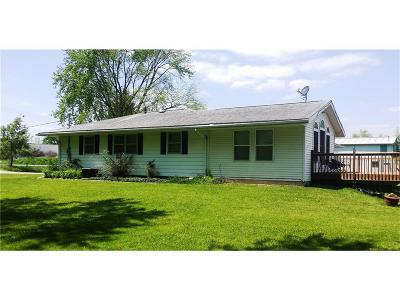 Hiawatha Single Family Home For Sale: 2701 Robins Road