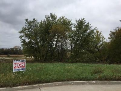 Anamosa Residential Lots & Land For Sale: 156 Country Club Court